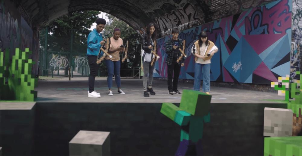 В Minecraft Earth уже можно играть