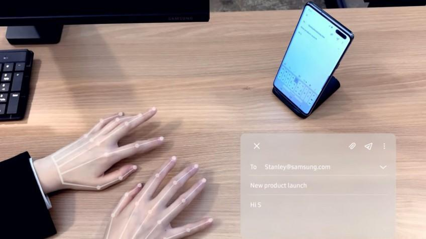 Samsung показал работы новой клавиатуры SelfieType